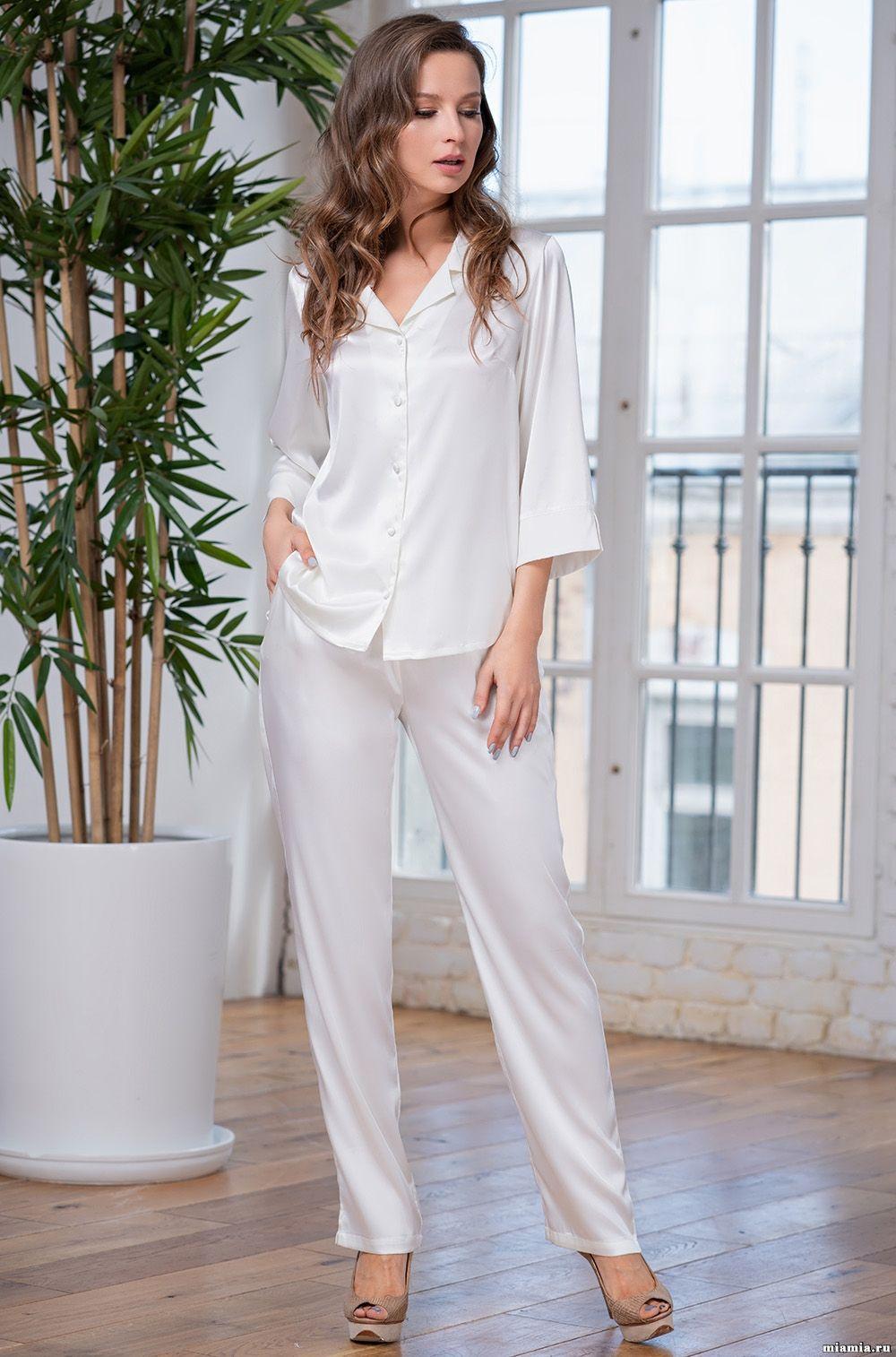 69d0c6656ad5abc Комплект блуза и брюки Mia-Amore 8316